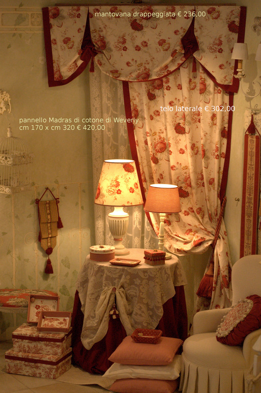 Arredamenti country con tessuti stampati mobili decorati for Produzione tessuti arredamento