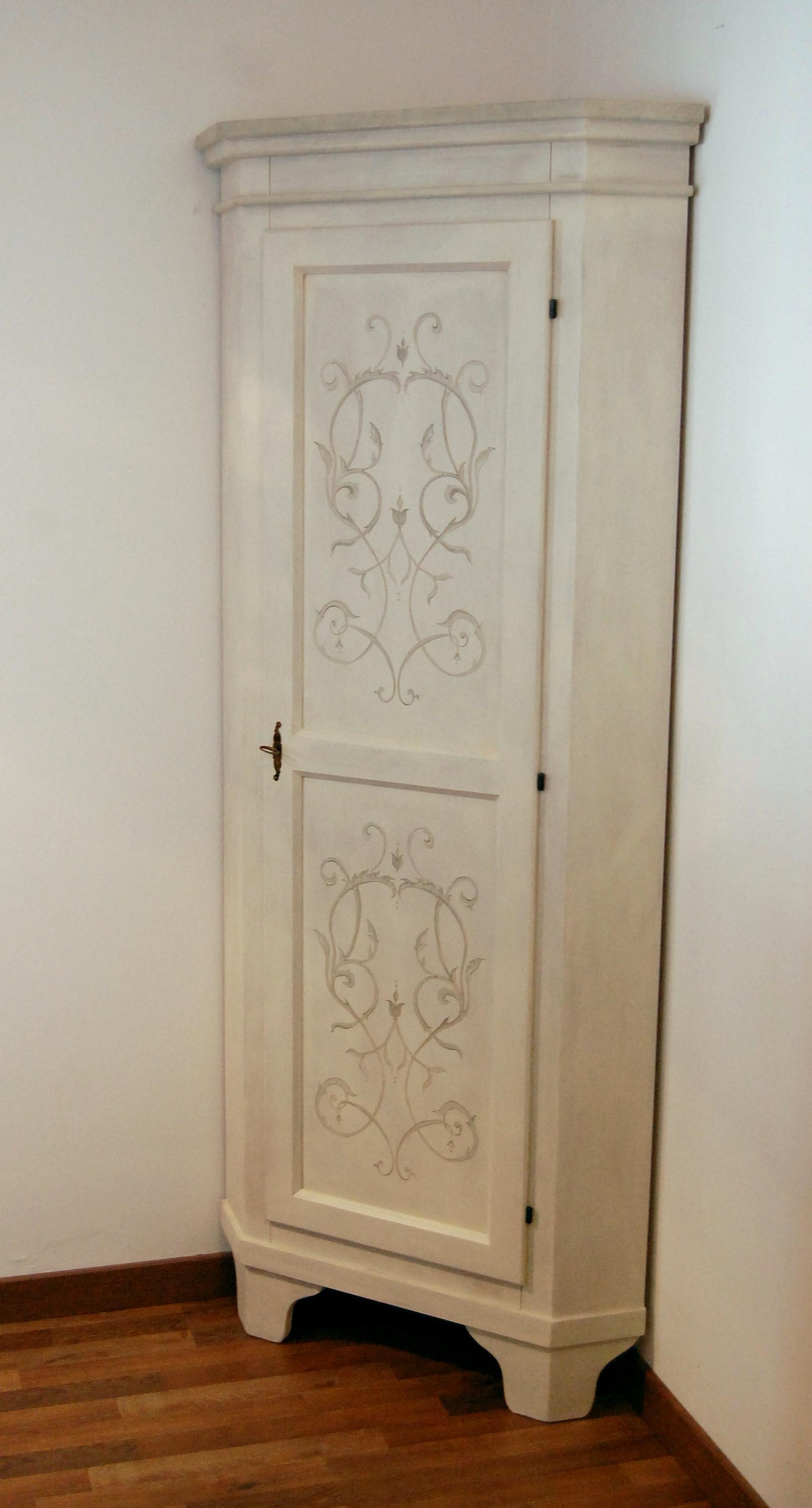 Top mobili decorati a mano a Trieste - studio d'interni g.t.f.  VG52
