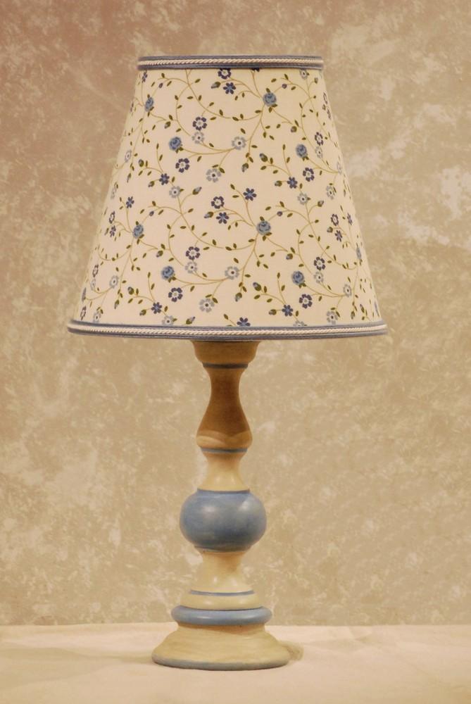 Lampade country english lampade da tavolo con tessuti e - Tessuti fiorati ...